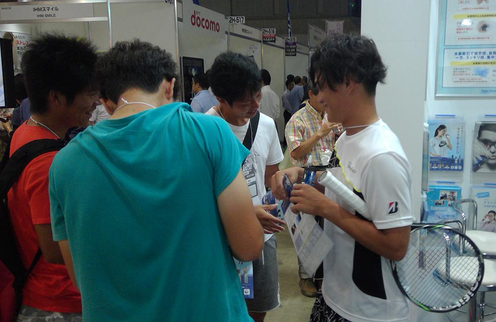 中村錬選手と握手