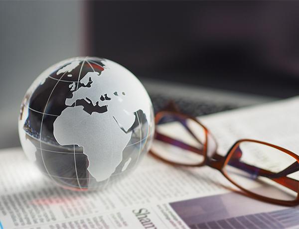 海外営業募集中